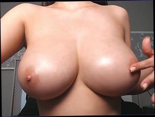 Bouncing boobs big Big Bouncing